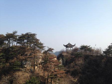 """湖北红安天台山风景区位于鄂豫之交的""""中国第一将军县""""&"""